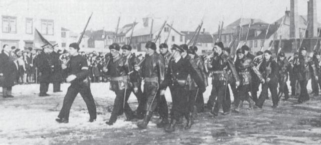Les Sous-marins français de la Seconde Guerre mondiale Volontaires_fnfl_saint_pierre_miquelon_big