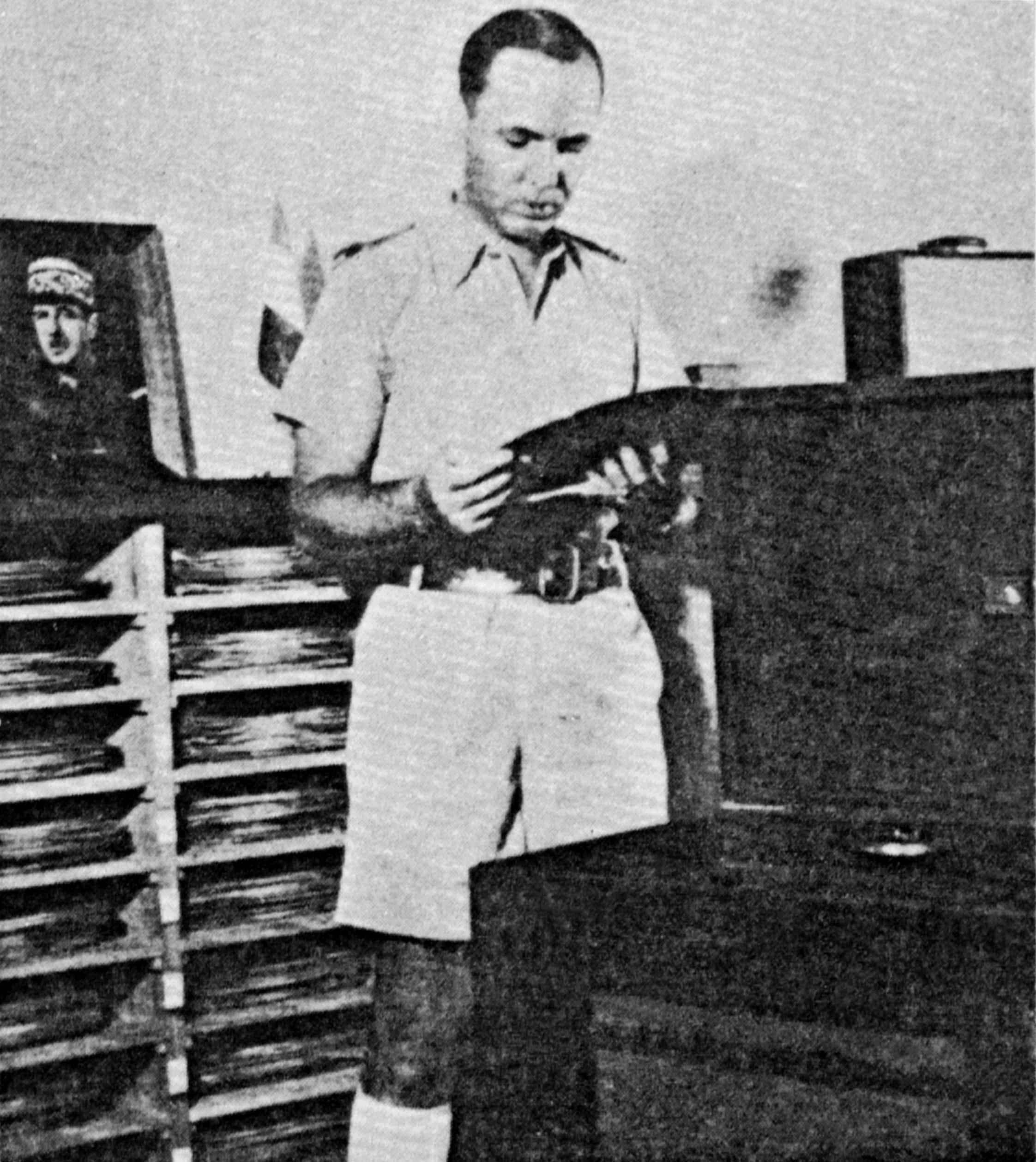 Décembre 1940