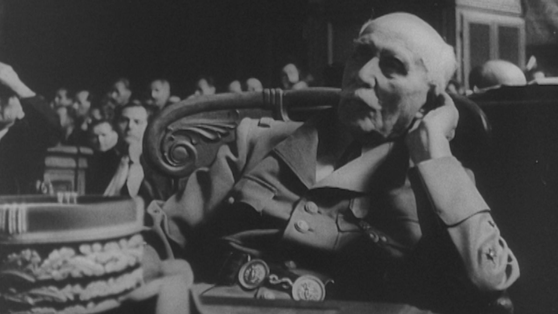 Juillet 1945