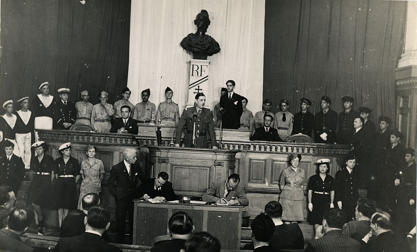 Novembre 1943
