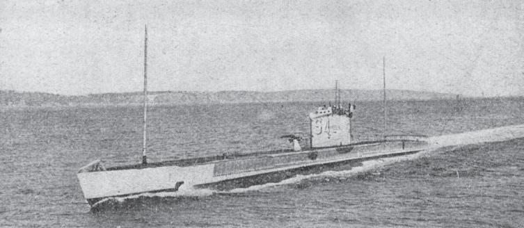 Le ralliement du sous-marin Narval