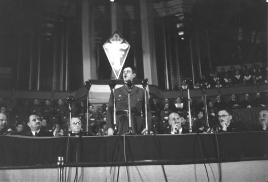 Juillet 1942