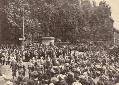 Le 14 juillet 1942 à Londres (RFL).