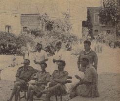Le médecin-colonel Fruchaud lors d'une inspection à Bhannès (RFL).