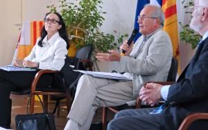 Christine Levisse-Touzé écoute François-René Cristiani-Fassin. (photographies Région PACA-LEGTA Valabre)