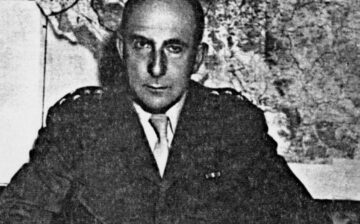 Décembre 1943