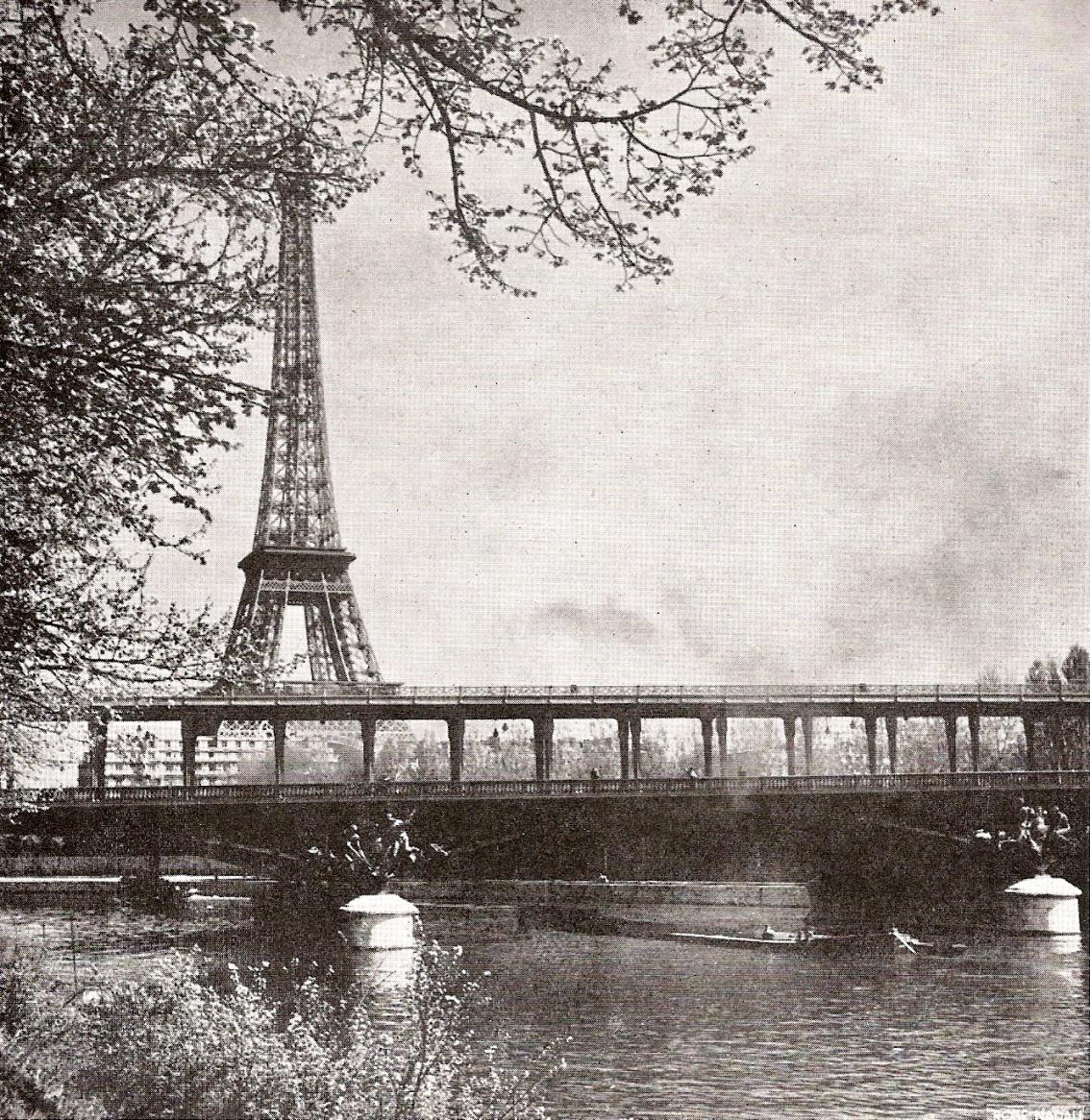 Le pont Bir-Hakeim à Paris