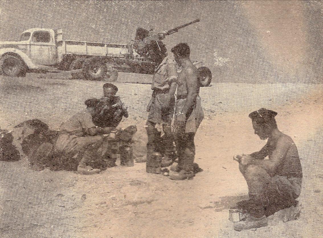 Les fusiliers marins à Bir-Hakeim