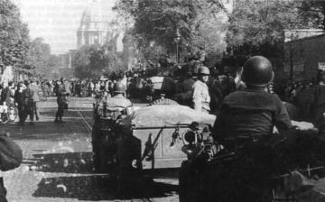 La libération de Paris par la deuxième division blindée de Leclerc