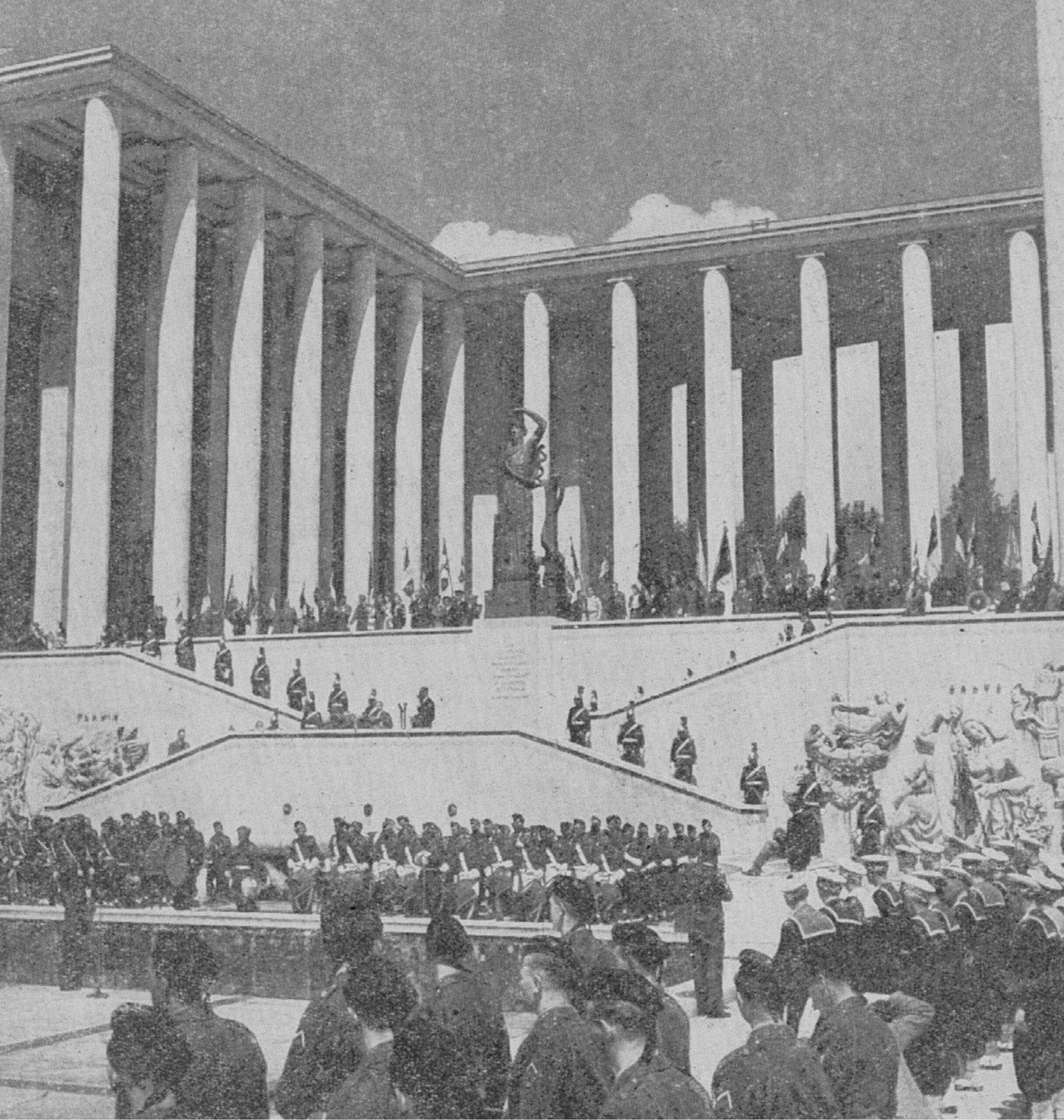 18 juin 1948 : l'inauguration du monument aux morts de la France Libre