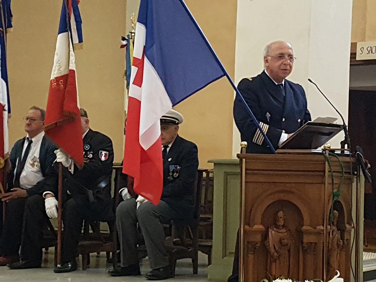 Messe commémorative du 49e anniversaire de la disparition du général De Gaulle